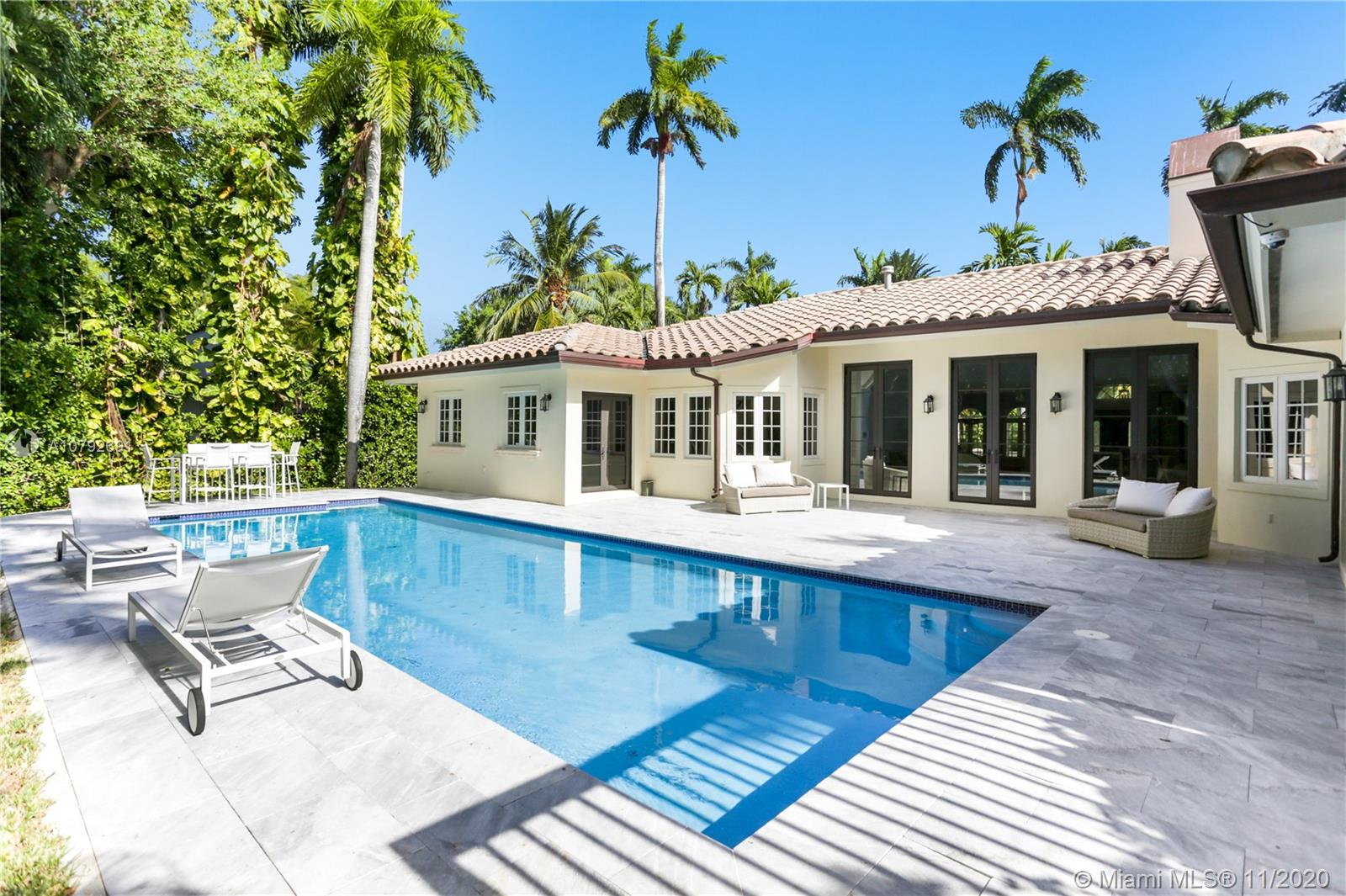 2532  Lake Ave  For Sale A10792691, FL