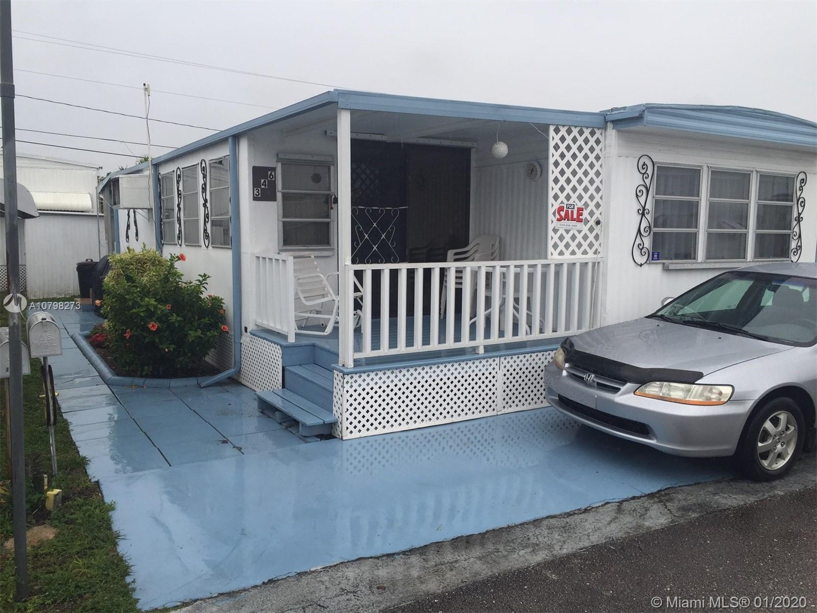 346  Maple St  For Sale A10798273, FL