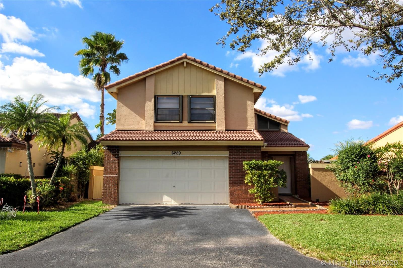 6229 NW 181st Ter  For Sale A10796213, FL