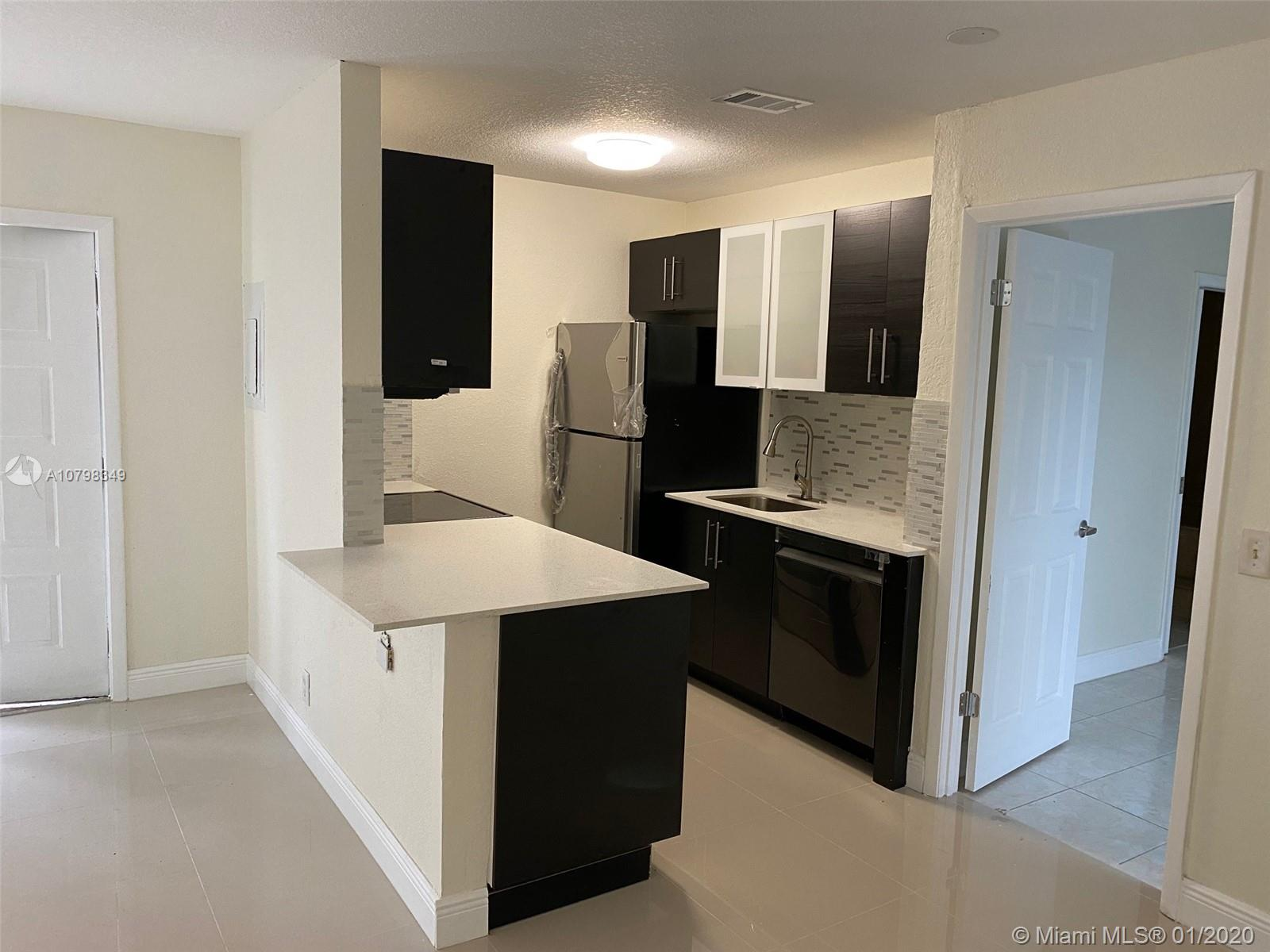 26  Crossings Circle #B For Sale A10798349, FL