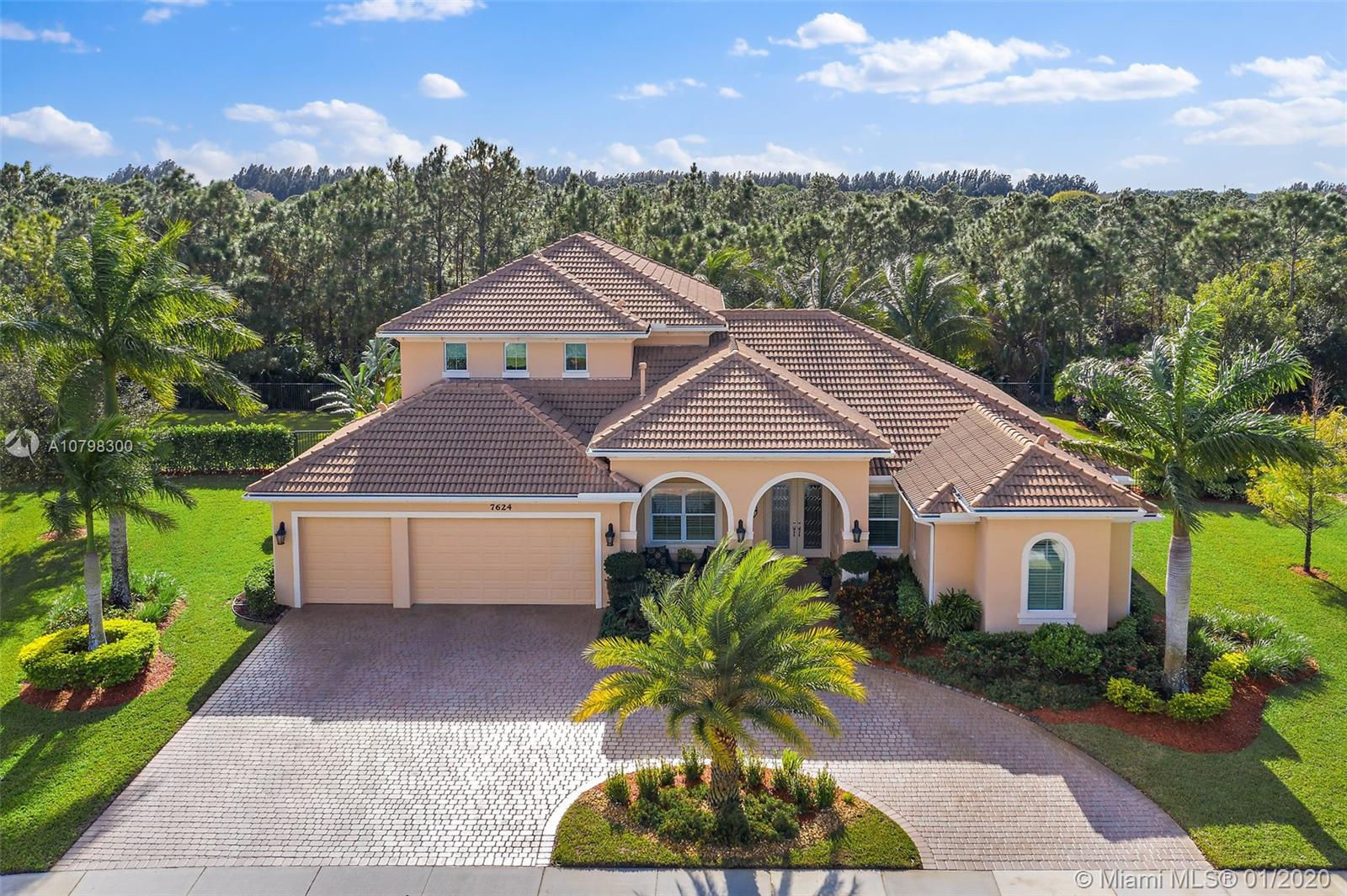 7624 SE Laque Circle, Stuart, FL 34997