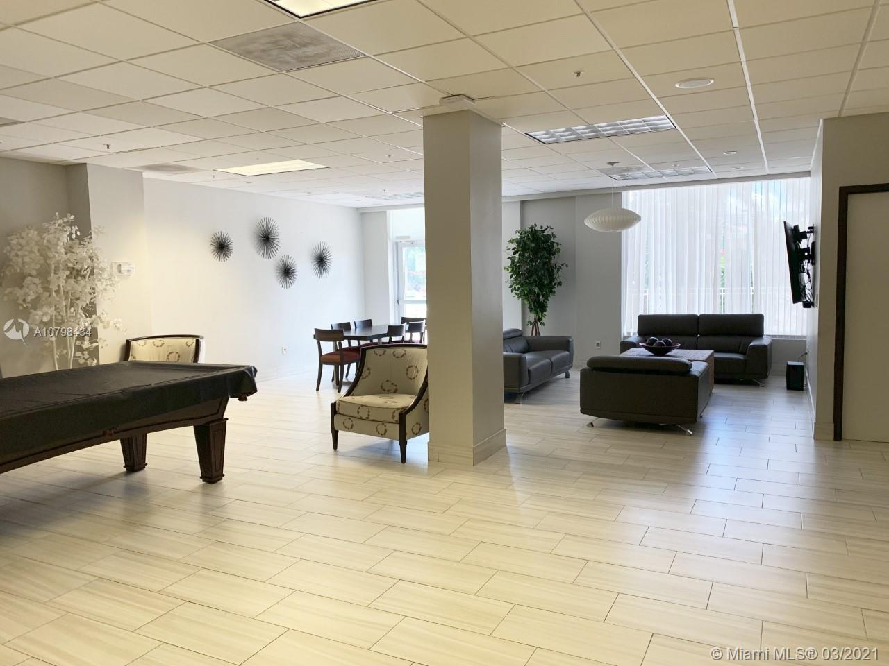 19390  Collins Ave #PH-09 For Sale A10798434, FL