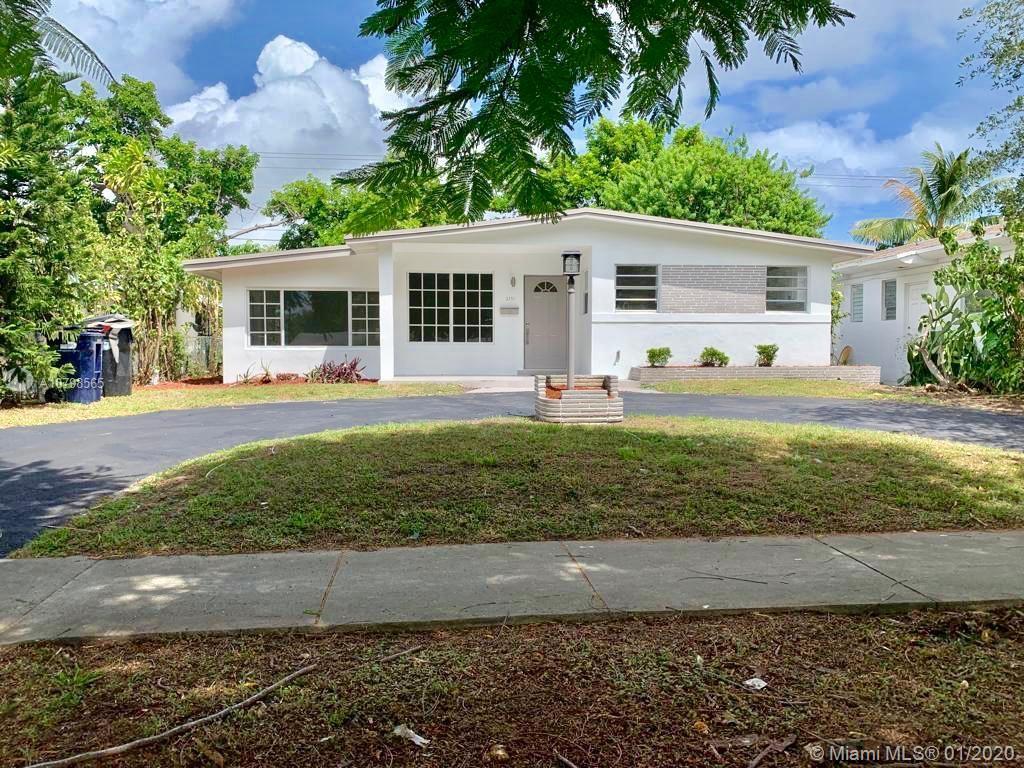 2171 NE 172nd St  For Sale A10798565, FL