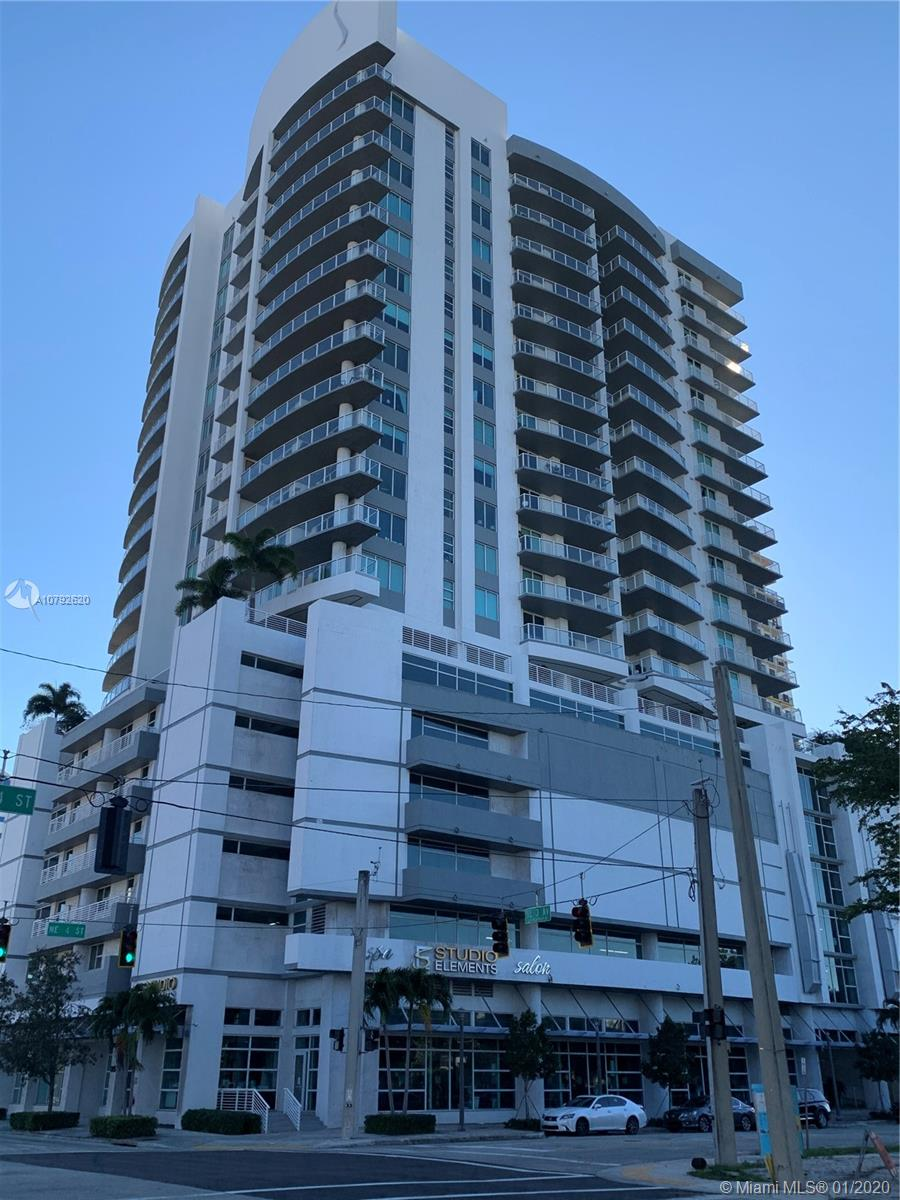 Beautiful condo originally built to be a model with spectacular view of downtown Ft. Lauderdale from the 14th floor. Freshly painted, granite flooring throughout entire home. Sliding glass doors in living room and bedroom for access to large balcony.Walk to shopping, restaurants and all downtown has to offer or ride your bike to the beach.  Can be rented immediately, average rent in area is $2000 +/month for 1 bedrm.  One of a kind lowest priced unit in area! Vacant, easy to show, ready to sell! Check in with security on 2nd floor. Can also be rented for $1950/month.