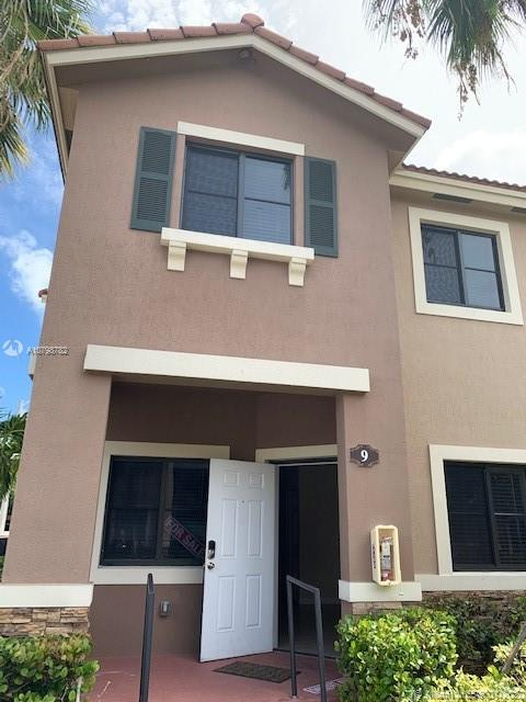 22511 SW 88 pl unit 9  For Sale A10798782, FL