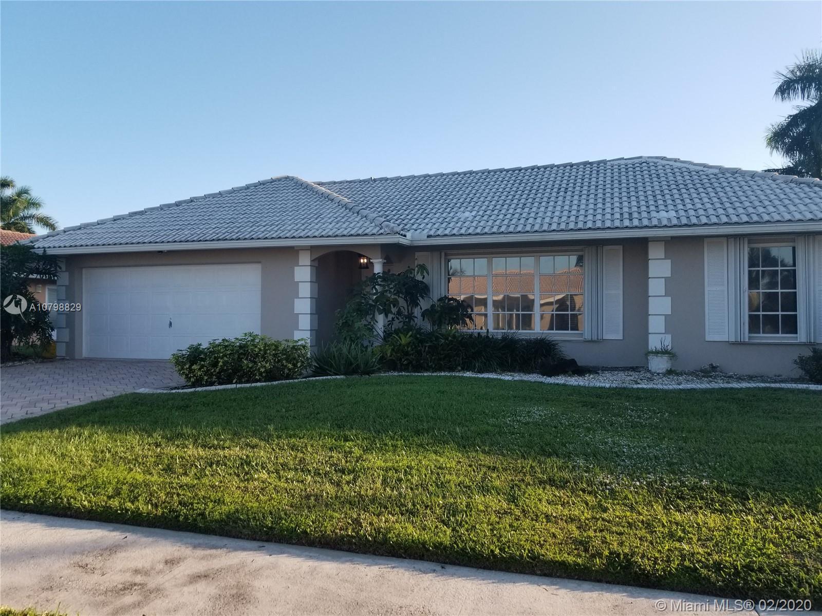 5665 Golfway Dr, Boca Raton, FL 33433