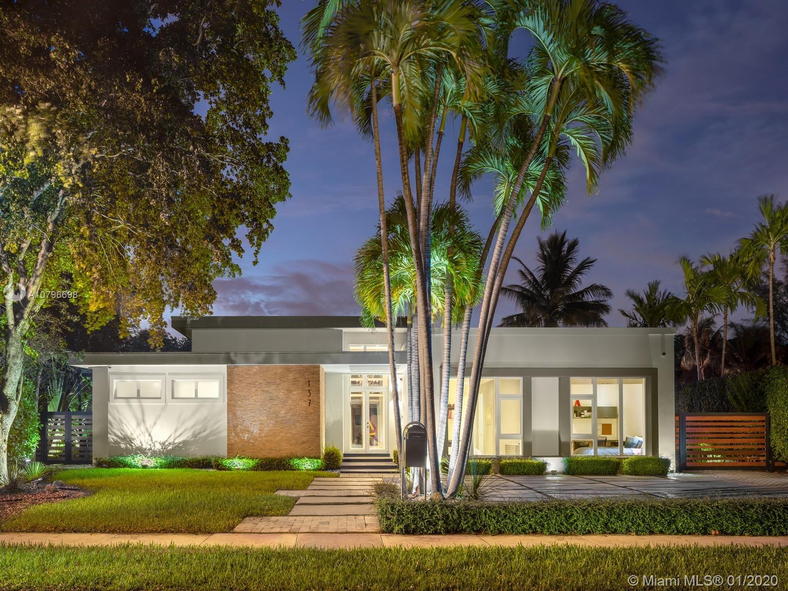 137  Shore Dr W  For Sale A10796698, FL