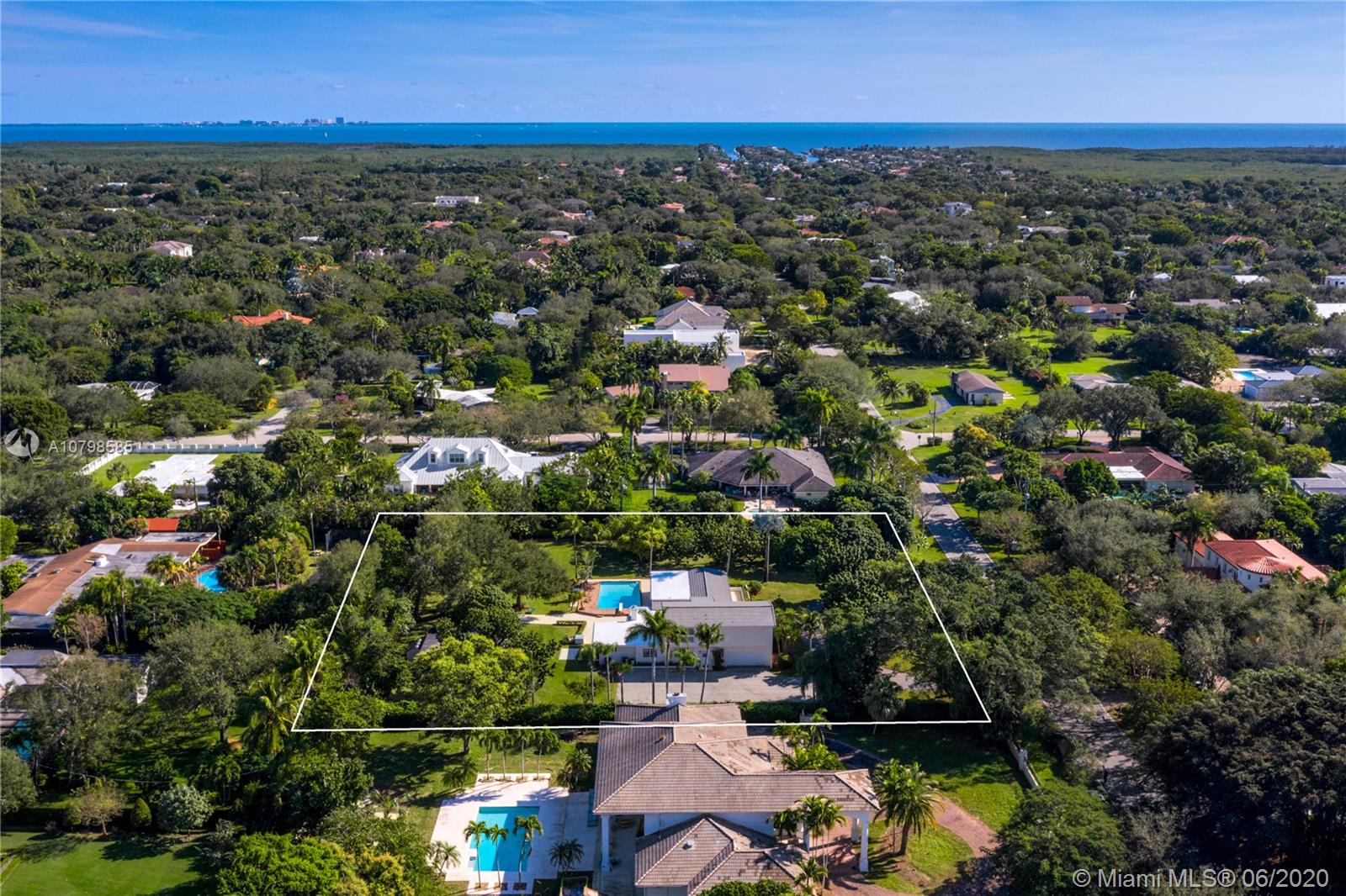 6253 SW 128th St  For Sale A10798585, FL