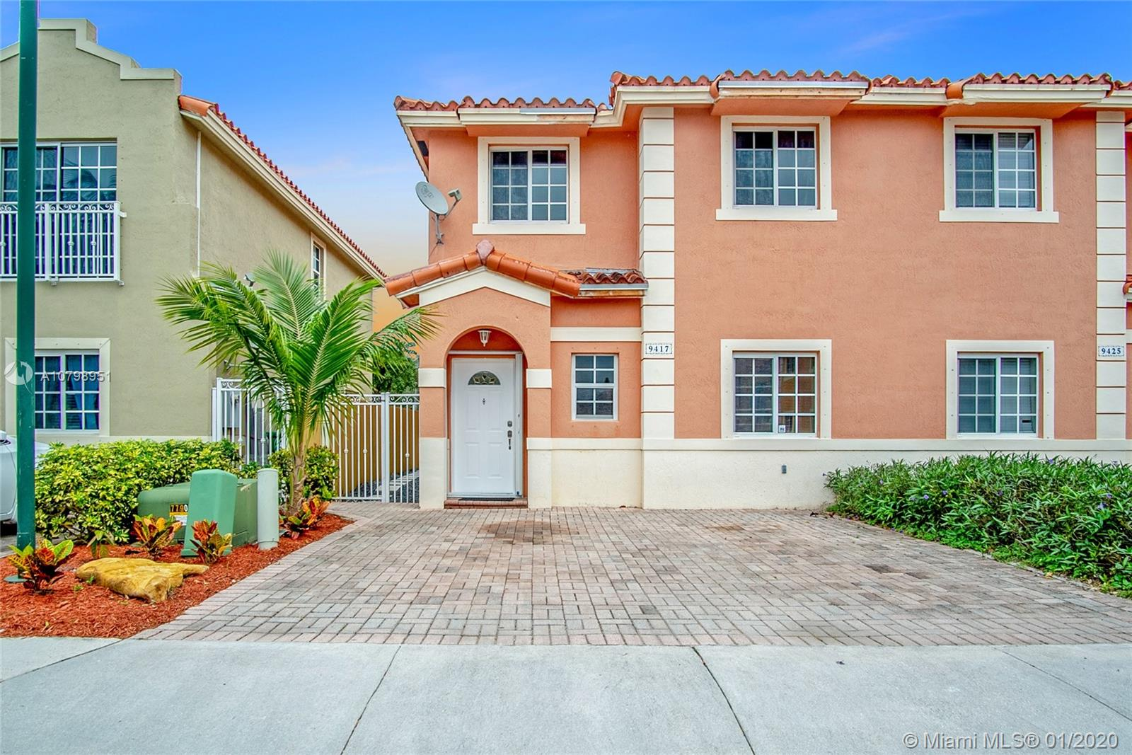 9417 SW 77th Ct  For Sale A10798951, FL