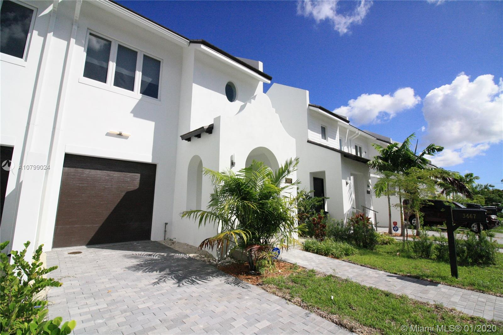 3655 SW 26th St #3655 For Sale A10799024, FL