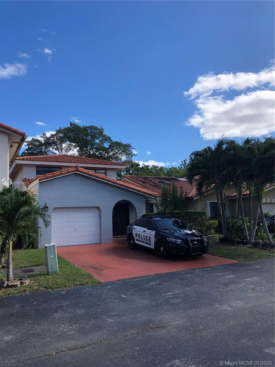 10931 SW 155th Pl  For Sale A10791908, FL