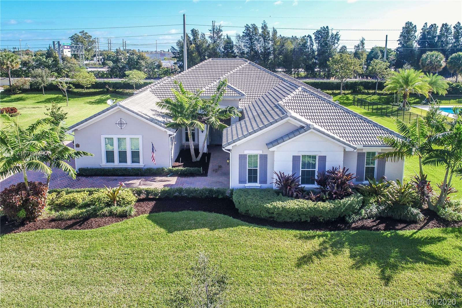 5090 E Sterling Ranch Cir, Davie, FL 33314