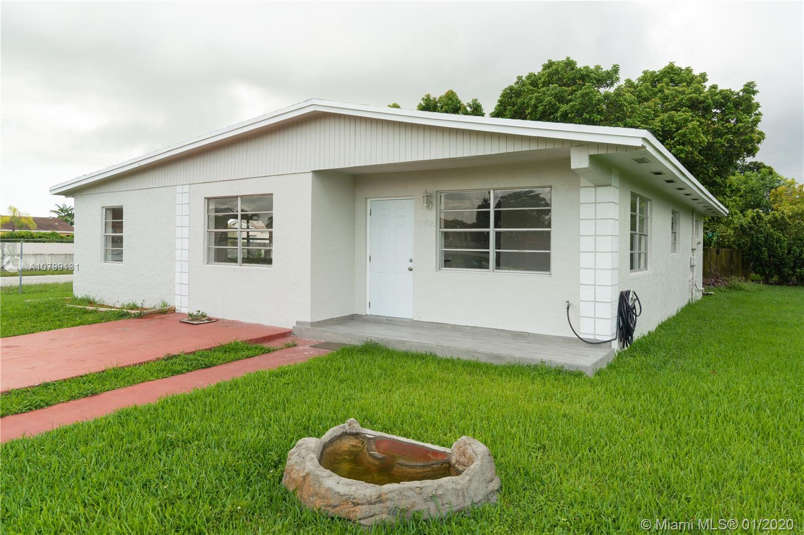 11500 SW 182nd Ter  For Sale A10799131, FL