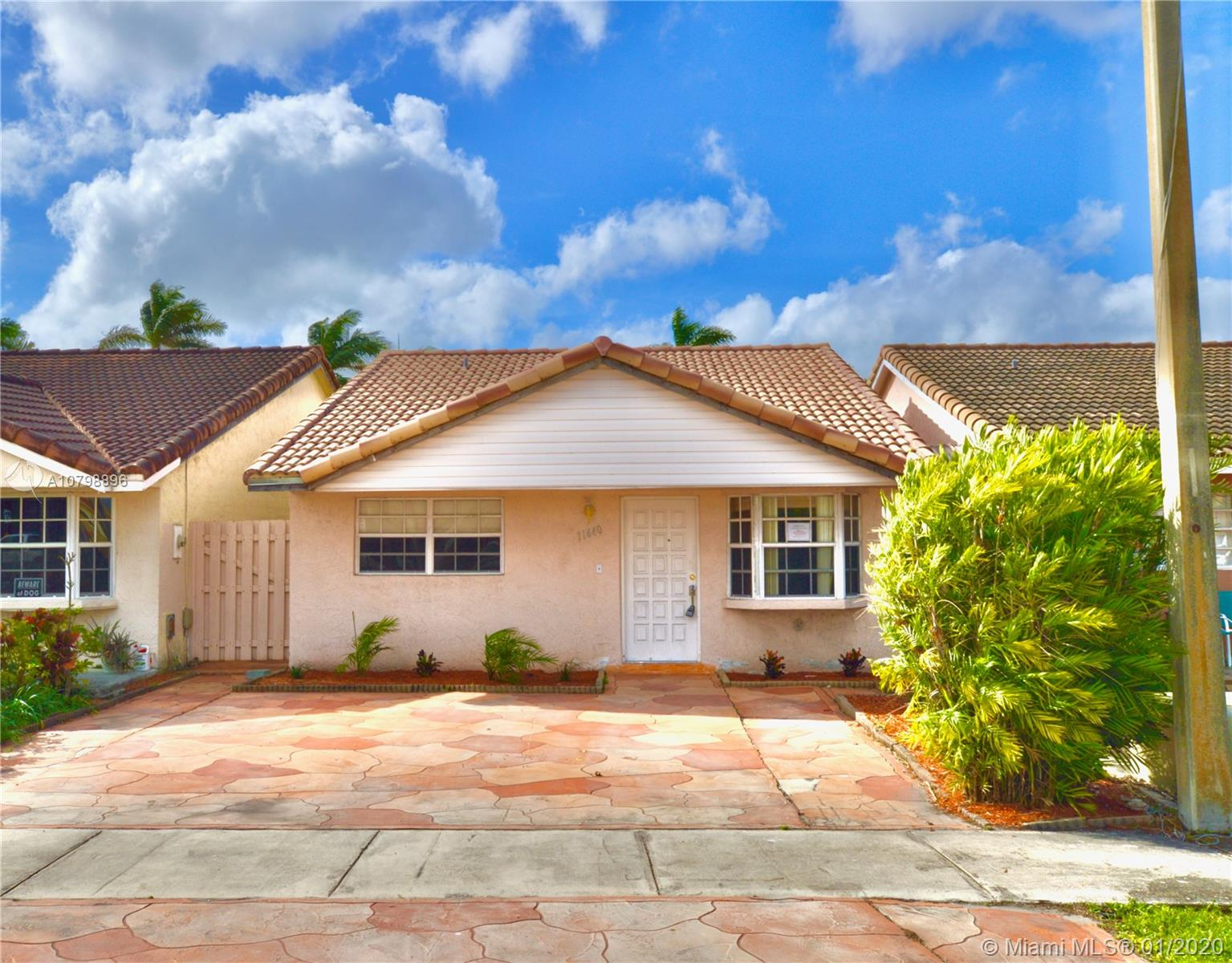11440 NW 87th Ct  For Sale A10798896, FL