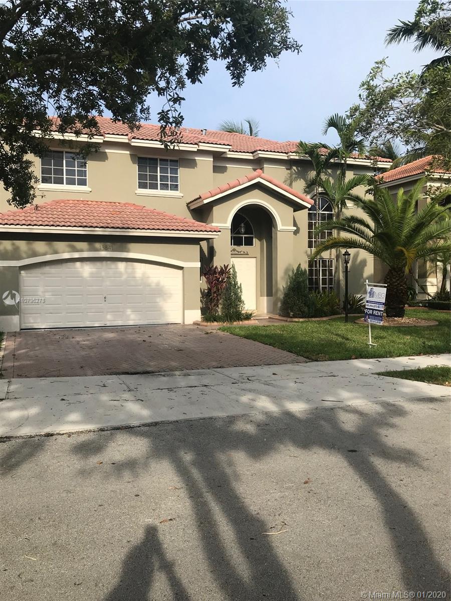 13841 SW 136th Pl, Miami, FL 33186
