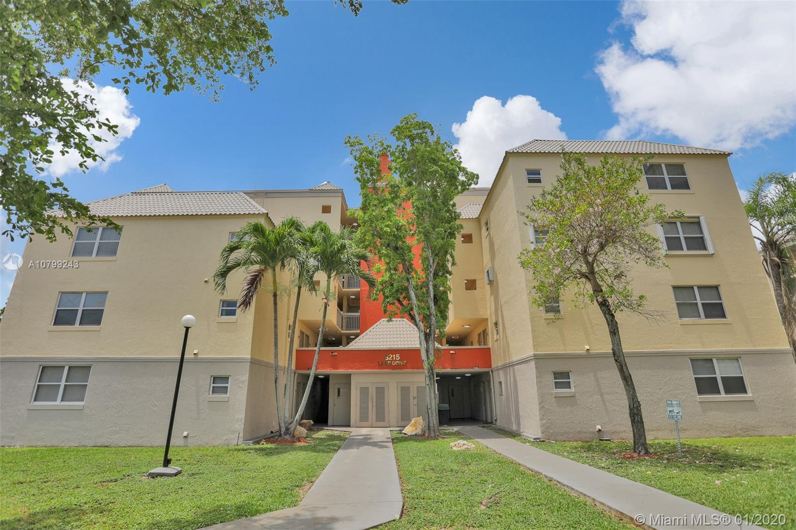8215  Lake Dr #102 For Sale A10799243, FL