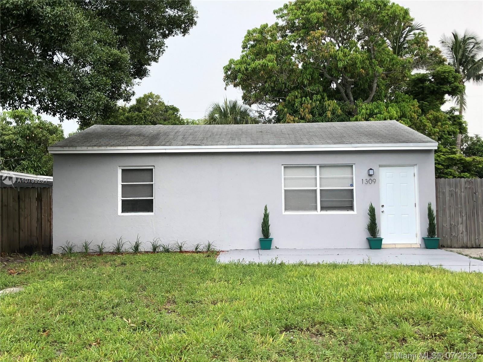 1309 NW 4th Ave  For Sale A10799251, FL