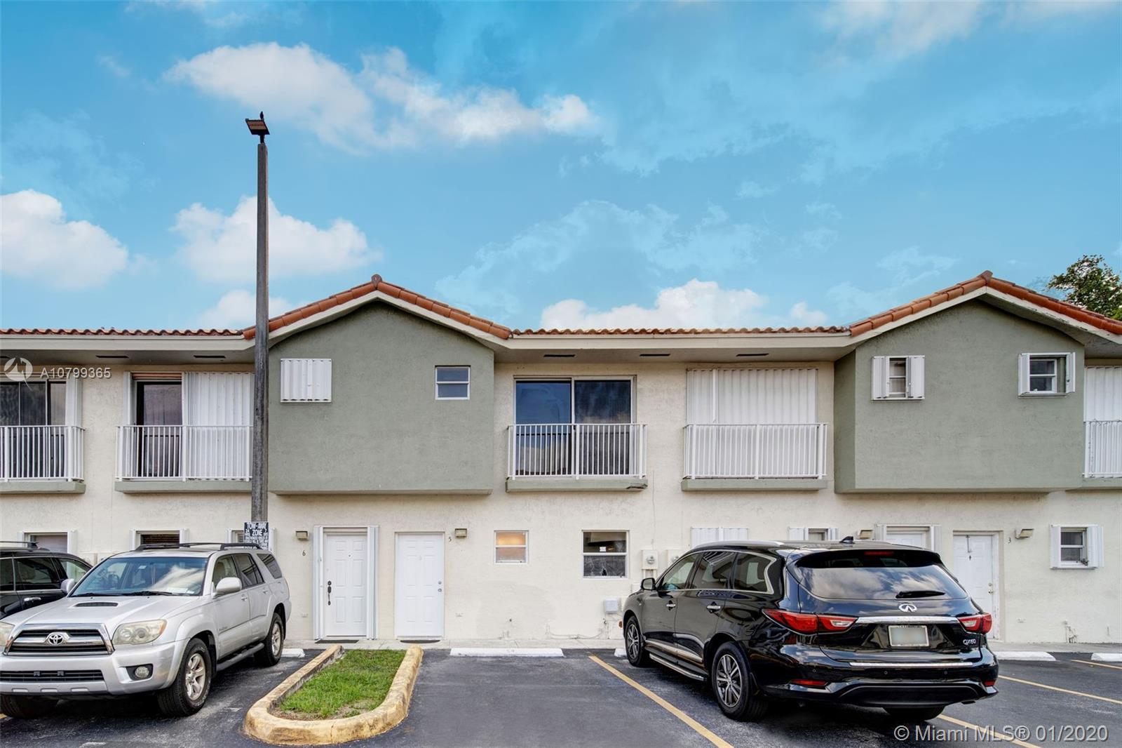 6640 SW 12th St #5-6640 For Sale A10799365, FL