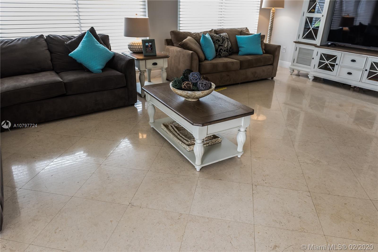 2751 S Ocean Dr #801N For Sale A10797724, FL