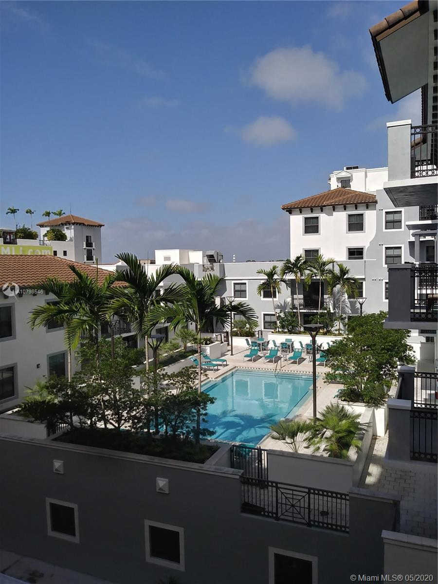 Priced to sell Spacious 2 bedrooms and 2 bathrooms unit with enjoyable views from the balcony.  Many amenities, pool, gym, concierge/security 24 hrs., assigned security parking.  Centrally located near all major highways and walking distance to Dadeland Mall.