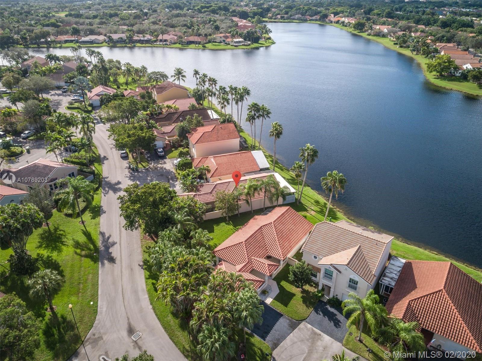 1352  Garden Rd  For Sale A10789203, FL