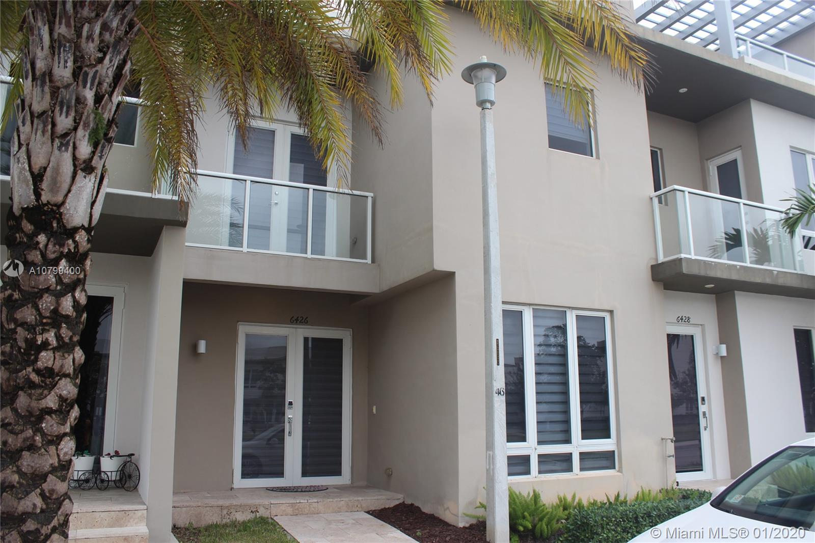 6426 NW 104th Path  For Sale A10799400, FL