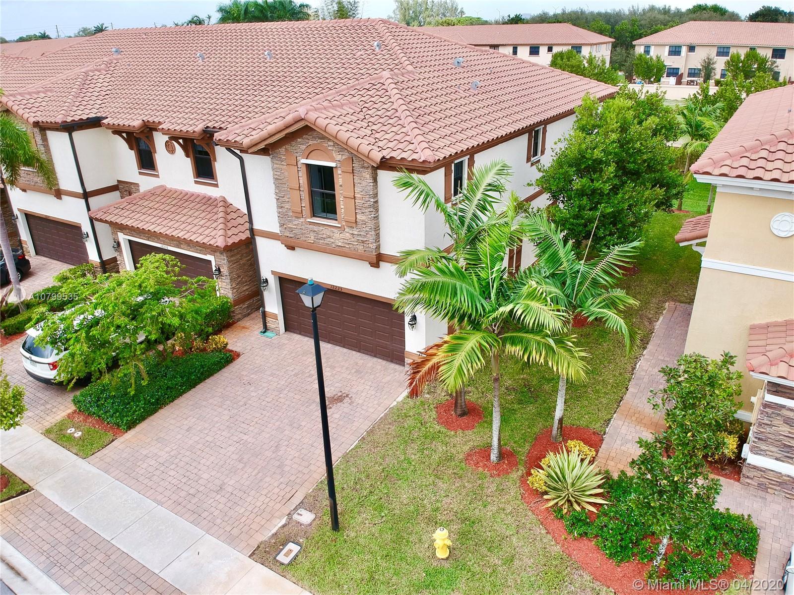 12225  Vaquero Trails Dr #12225 For Sale A10799535, FL