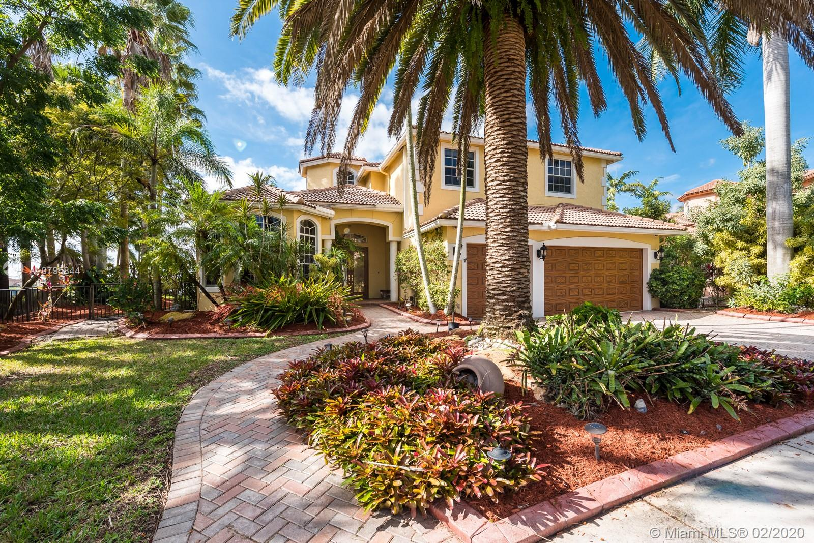 3300 SW 190th Ave  For Sale A10795844, FL