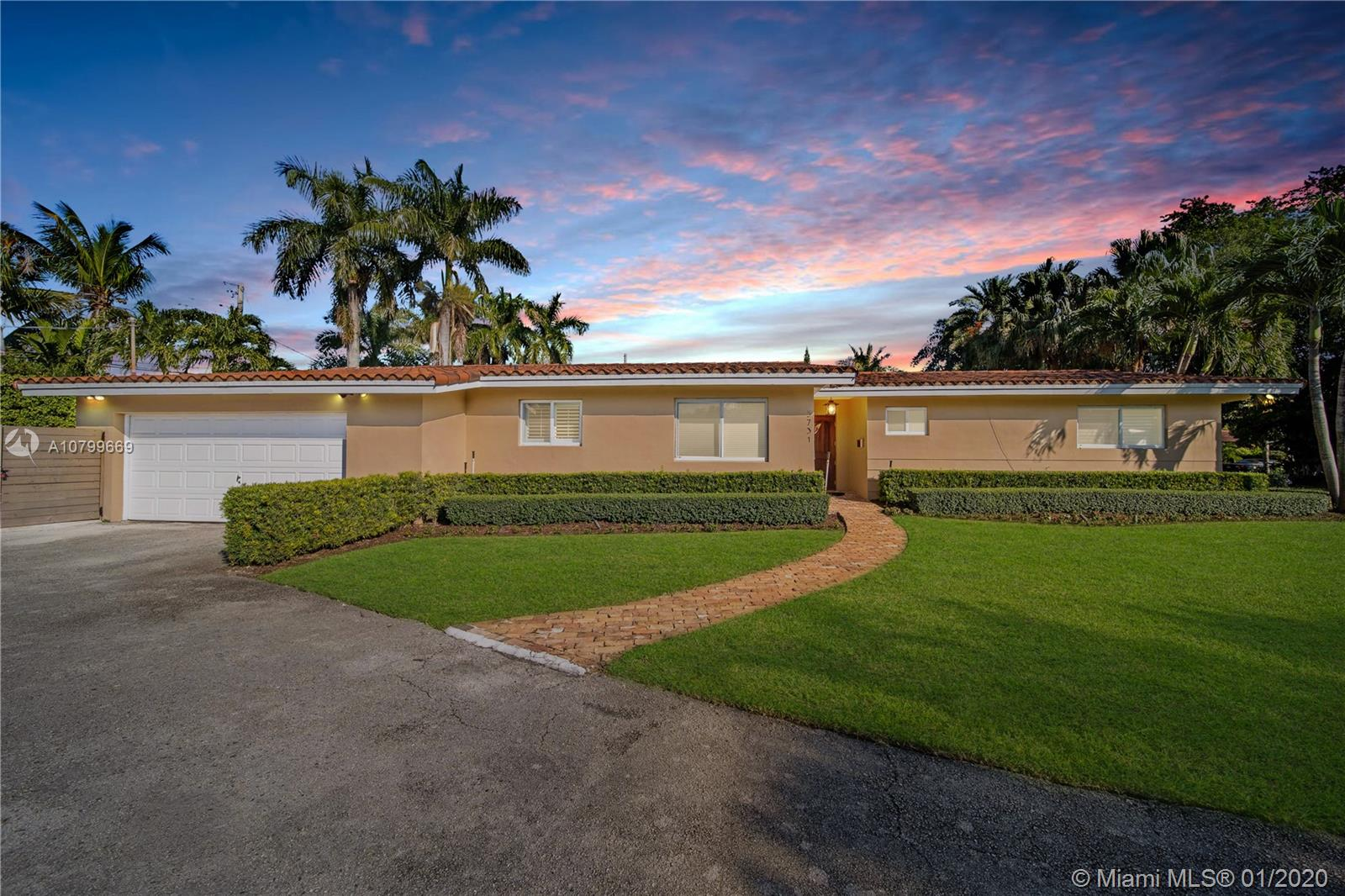 5731 SW 53rd Ter  For Sale A10799669, FL