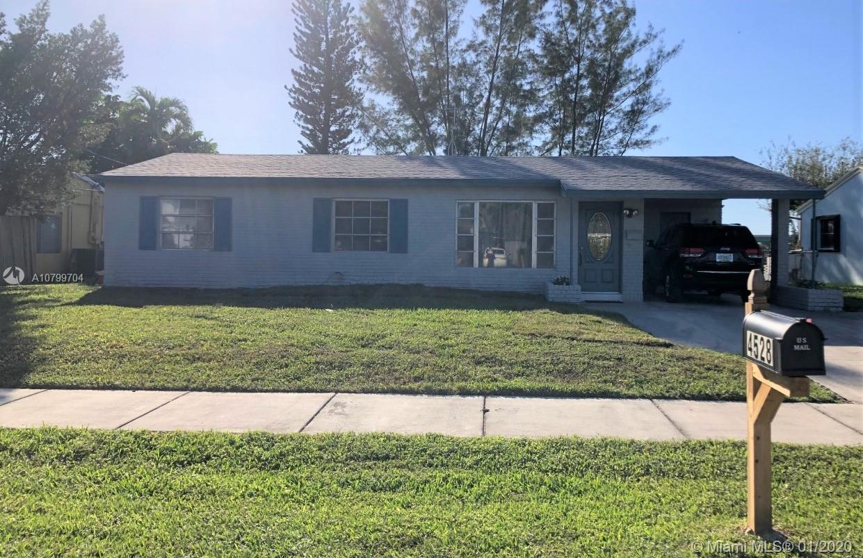 4528 SW 24th St  For Sale A10799704, FL