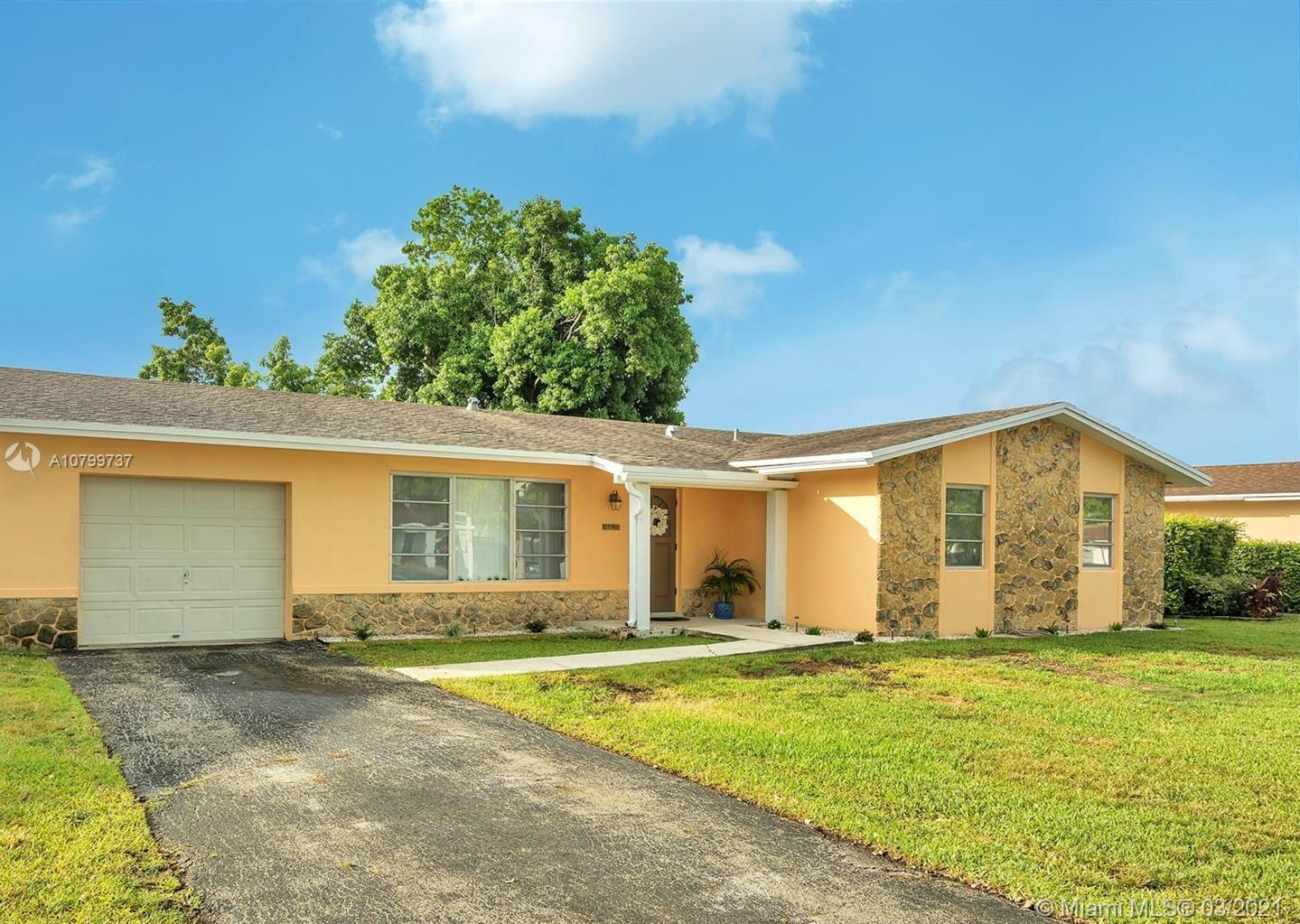 13381 SW 78 St.  For Sale A10799737, FL