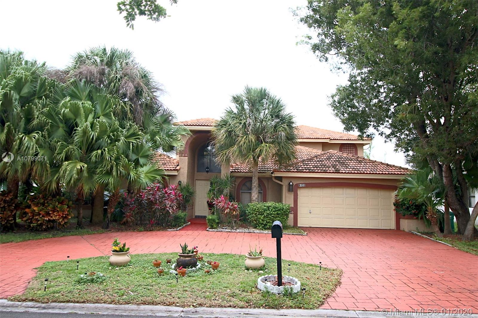 STUNNING 2 STORY POOL HOME. GREAT LAYOUT INSIDE TO ACCOMMODATE THE ENTIRE FAMILY.  THE KITCHEN AND FAMILY ARE GREAT FOR FAMILY EVENTS AND ENTERTAINING. IF YOU WANT TO ENJOY THE OUTDOORS, HEAD OUT TO THE POOL AND ENJOY THE FLORIDA WEATHER. YOU CAN SIT OUTSIDE AND RELAX WITH THE NICE VIEW OF THE LAKE AND THE SERENE SOUNDS OF THE WATERFALL. COME OVER AND VISIT!!