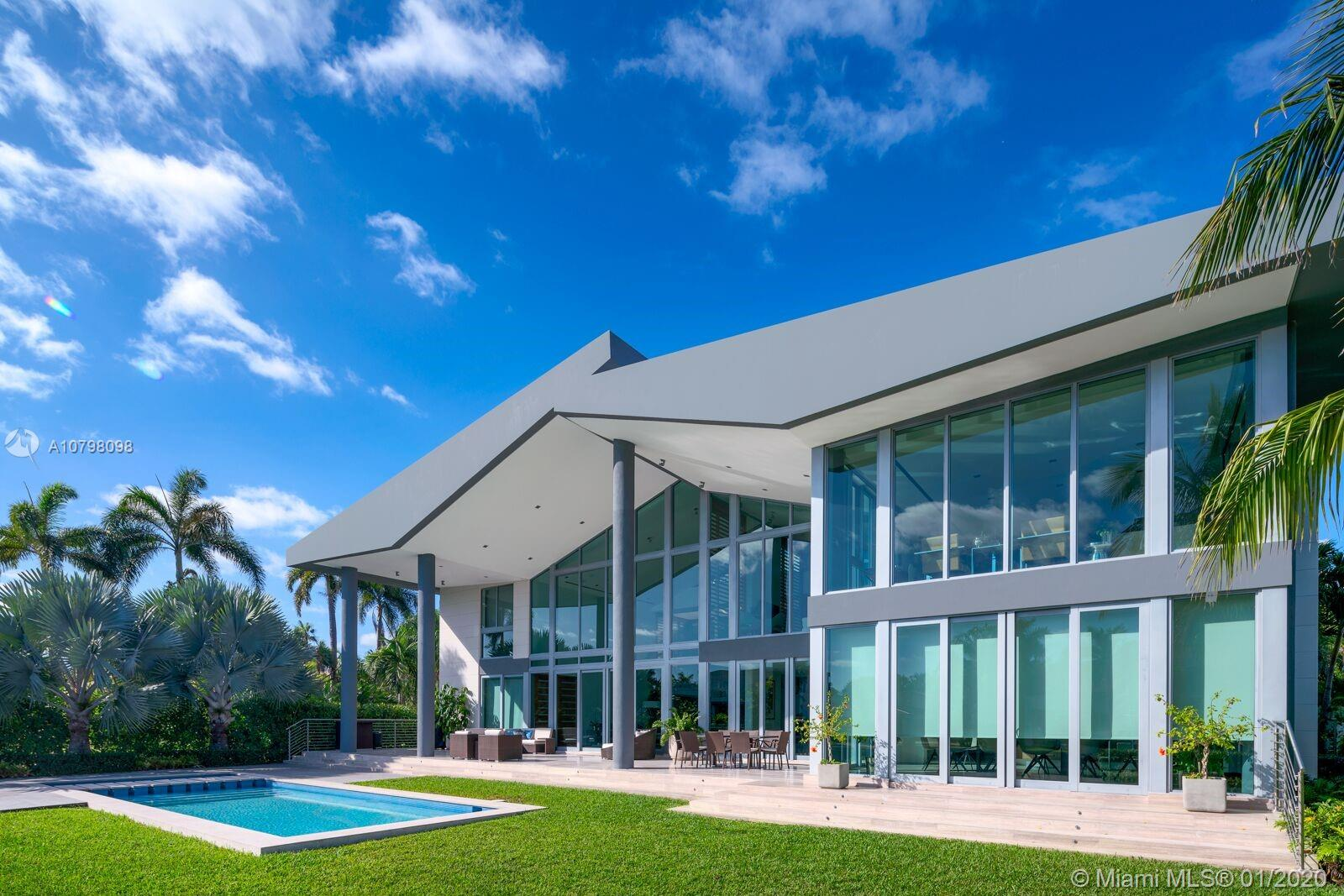 325  Centre Is  For Sale A10798098, FL