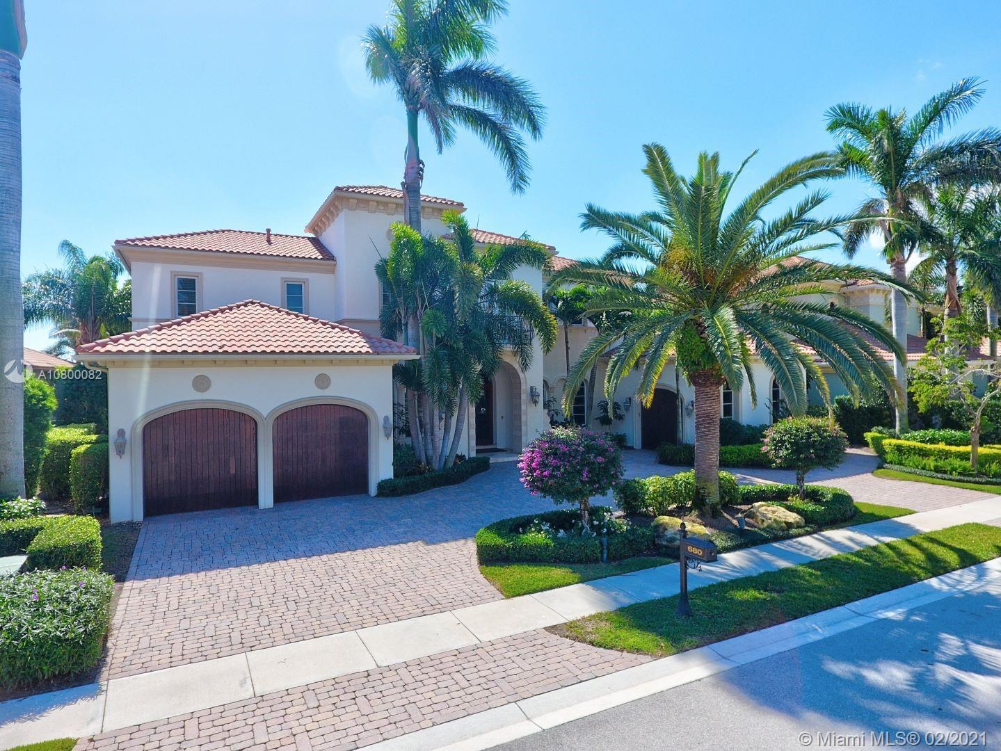 680 Hermitage Cir, Palm Beach Gardens, FL 33410