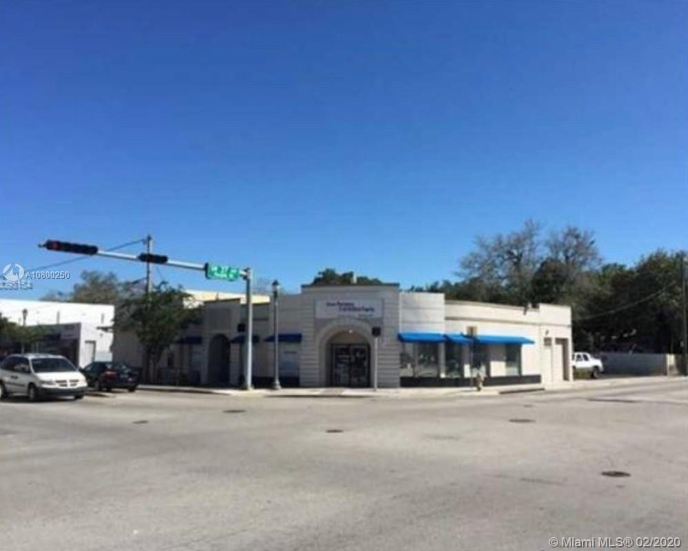 3692  Grand Ave  For Sale A10800250, FL