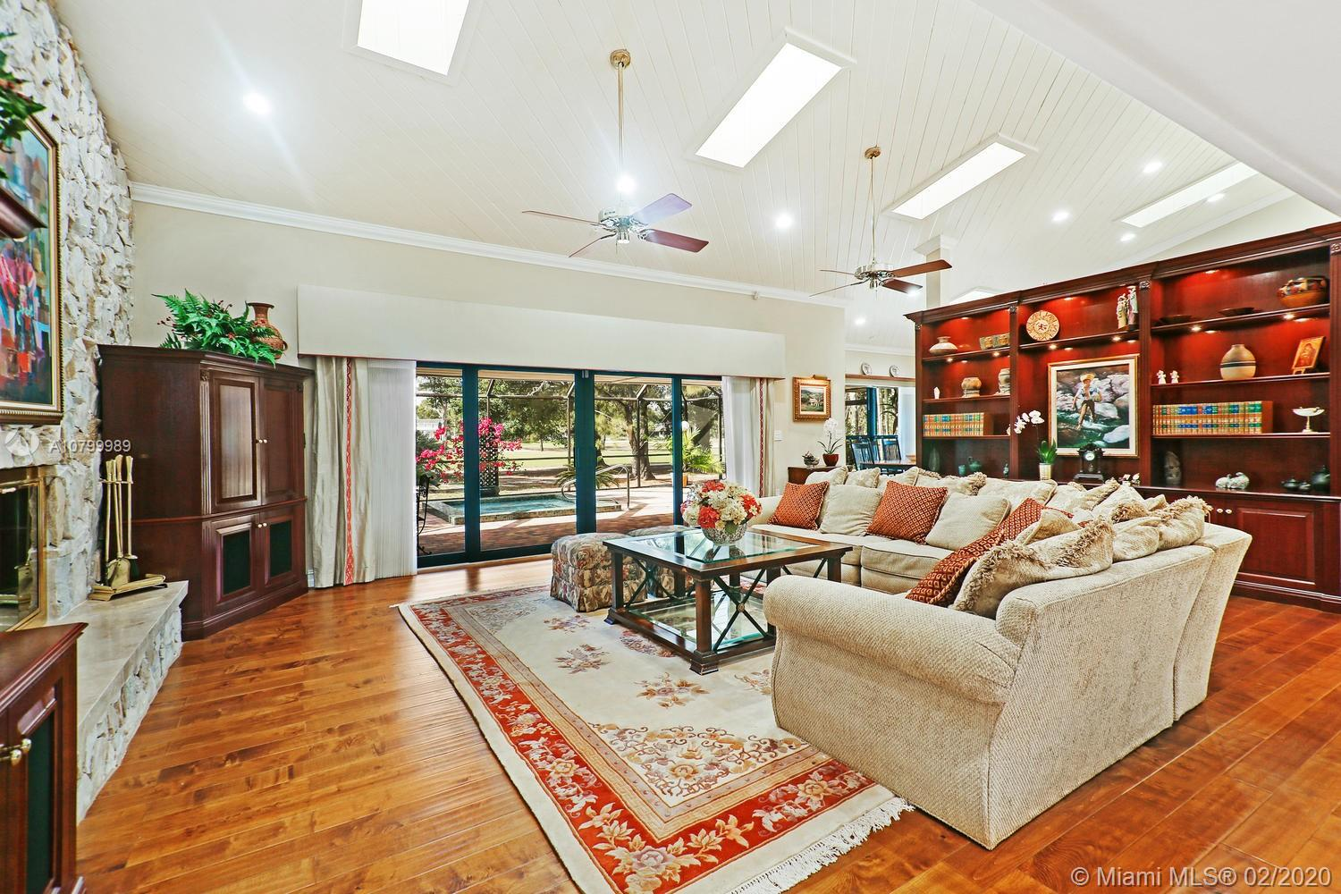 15920  Kingsmoor Way  For Sale A10799989, FL