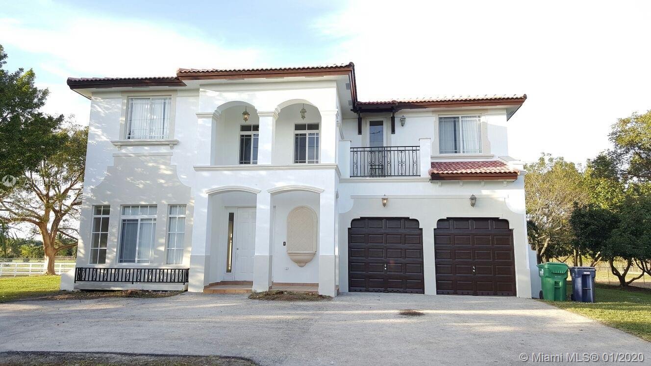18225 SW 104th St, Miami, FL 33196