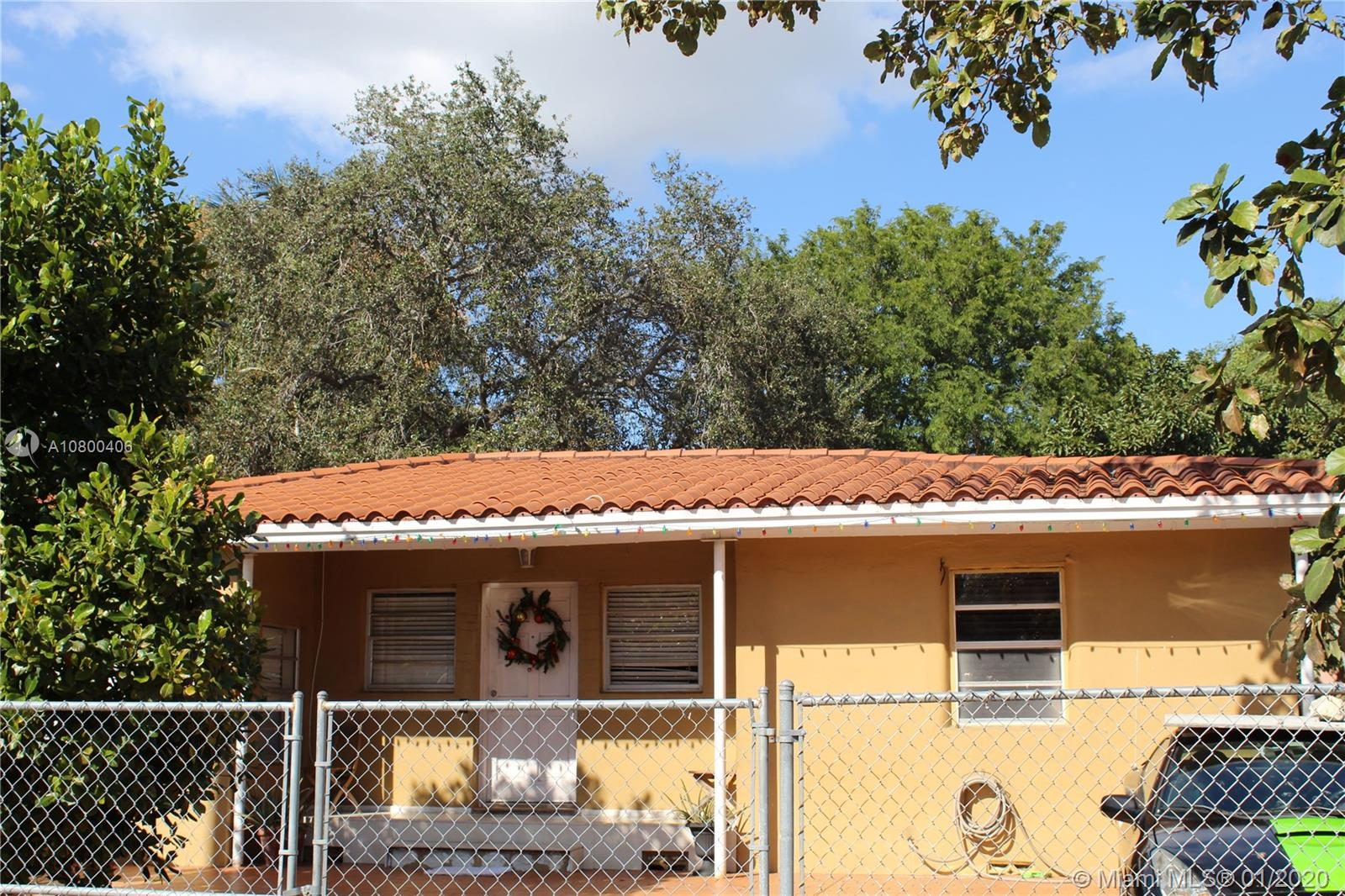 1415 NW 27th St  For Sale A10800406, FL