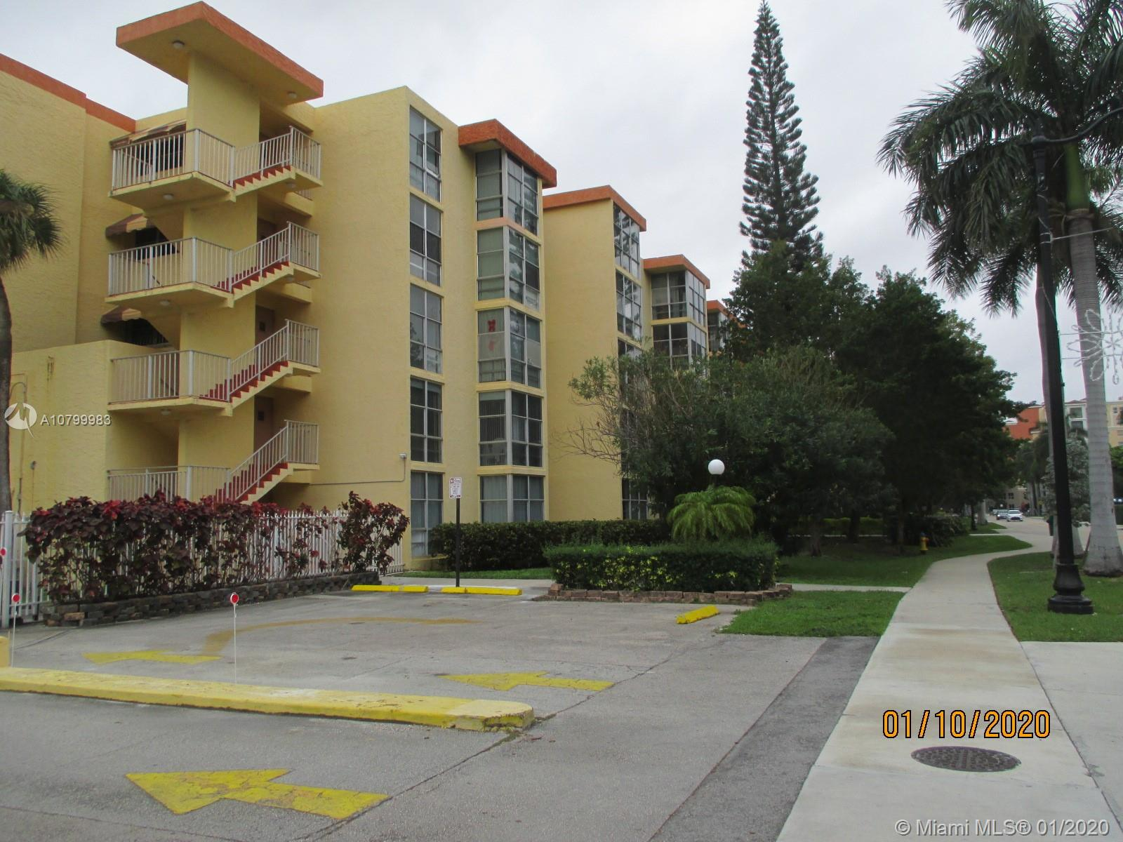 200  172nd St #104 For Sale A10799983, FL