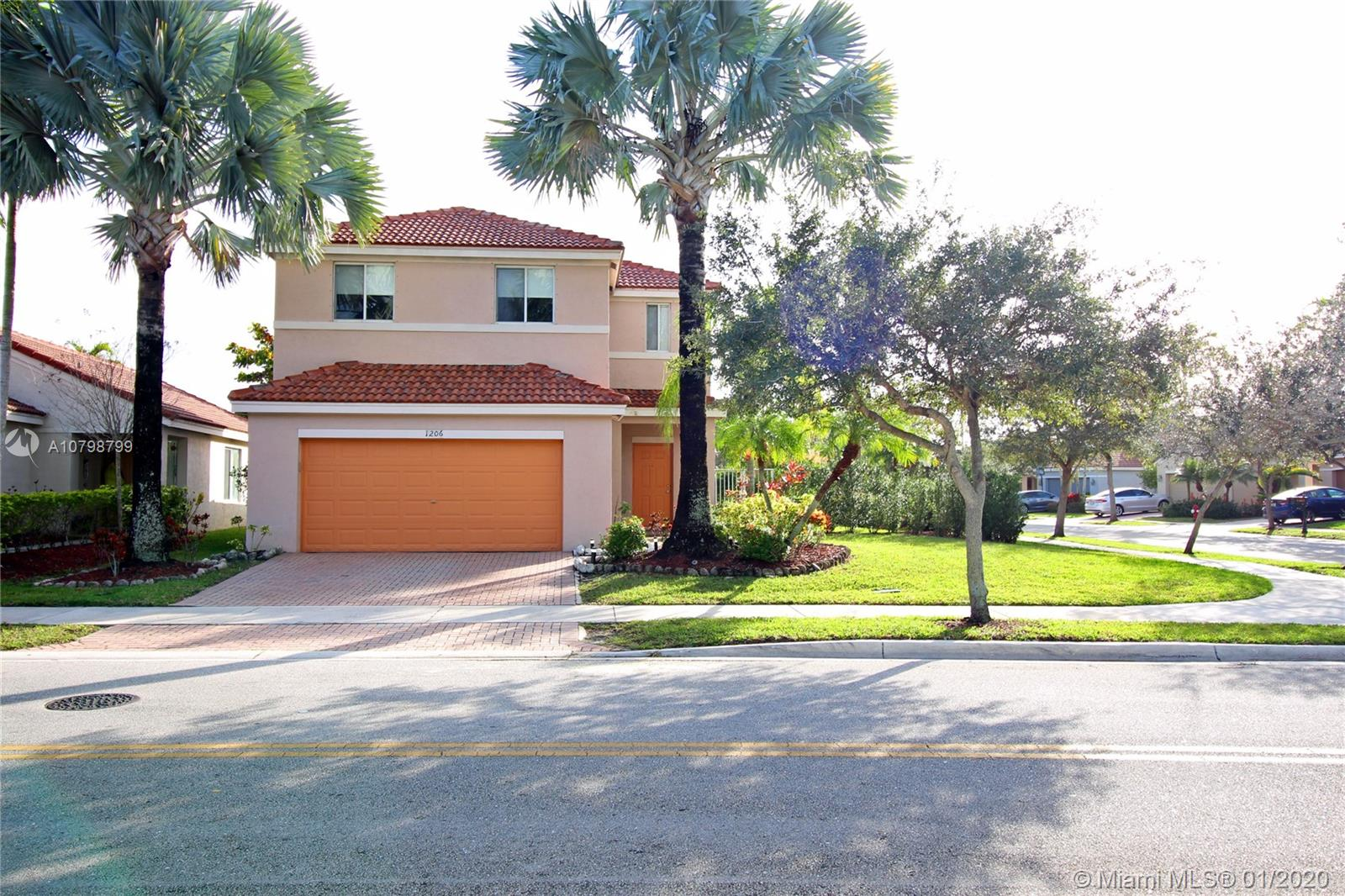 1206  Majesty Ter  For Sale A10798799, FL