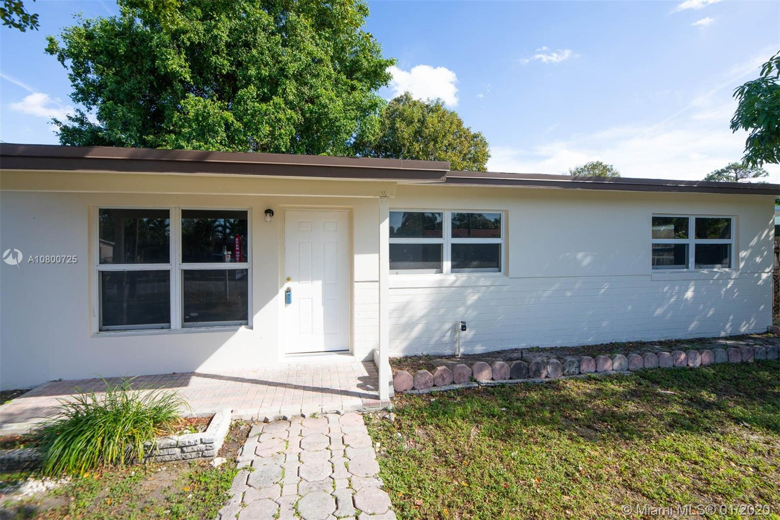 1020 SW 22nd Ter  For Sale A10800725, FL