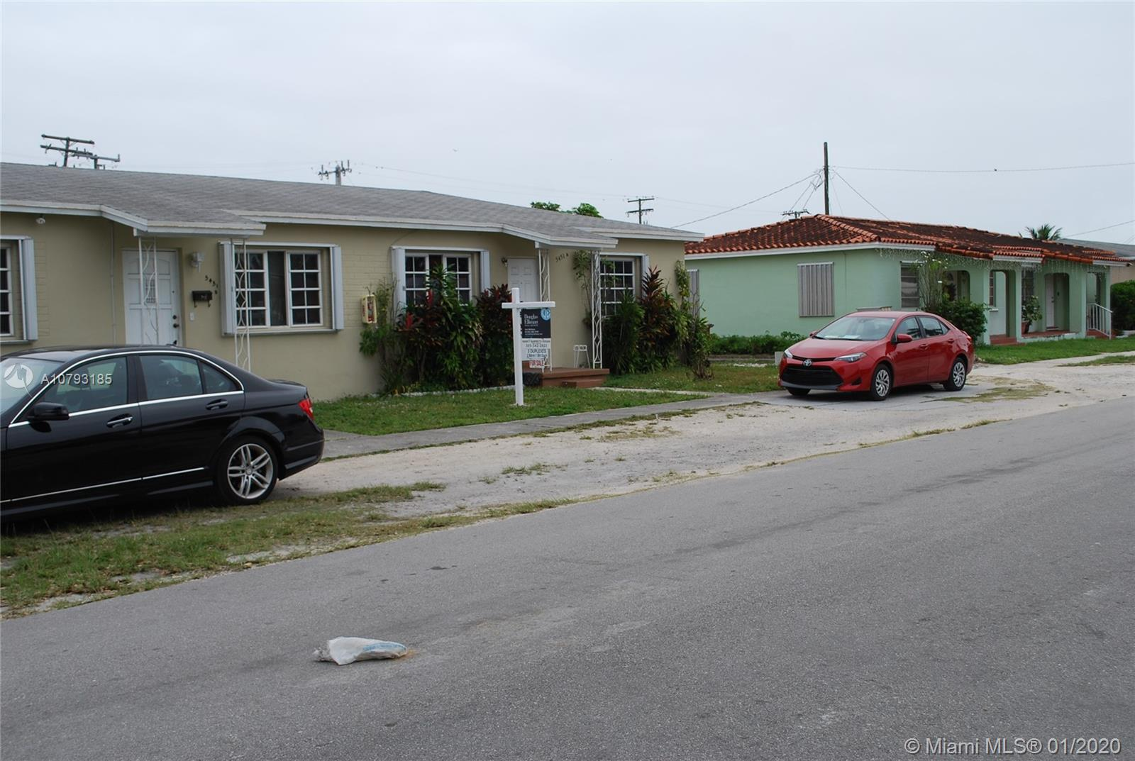 5451 W 1 avenue  For Sale A10793185, FL