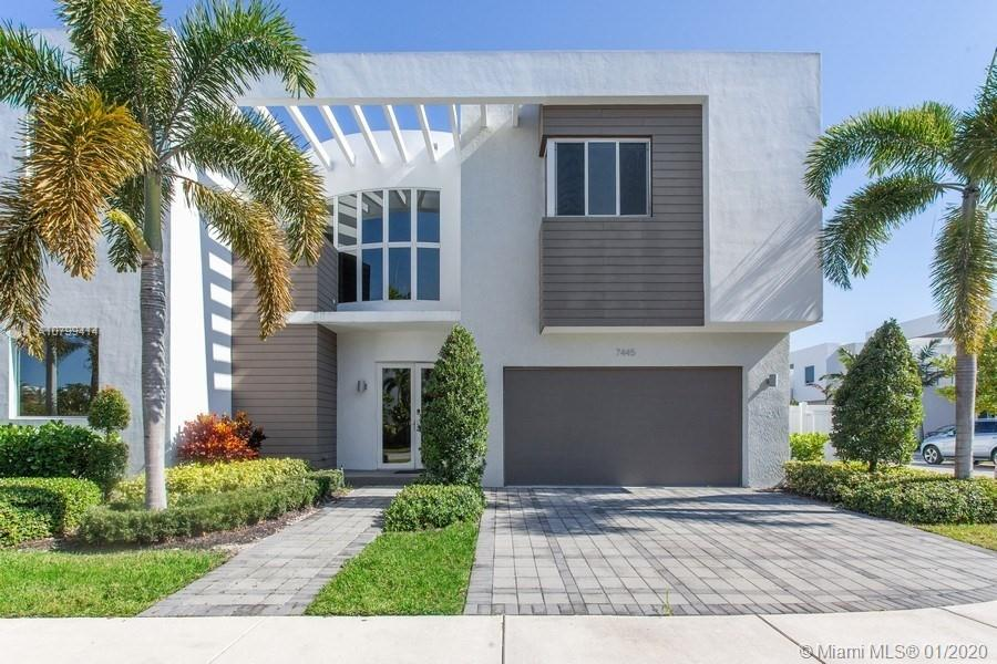7445 NW 101st Pl  For Sale A10799414, FL