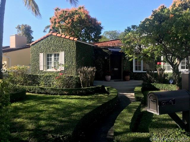 720 SW 24th Rd  For Sale A10799380, FL