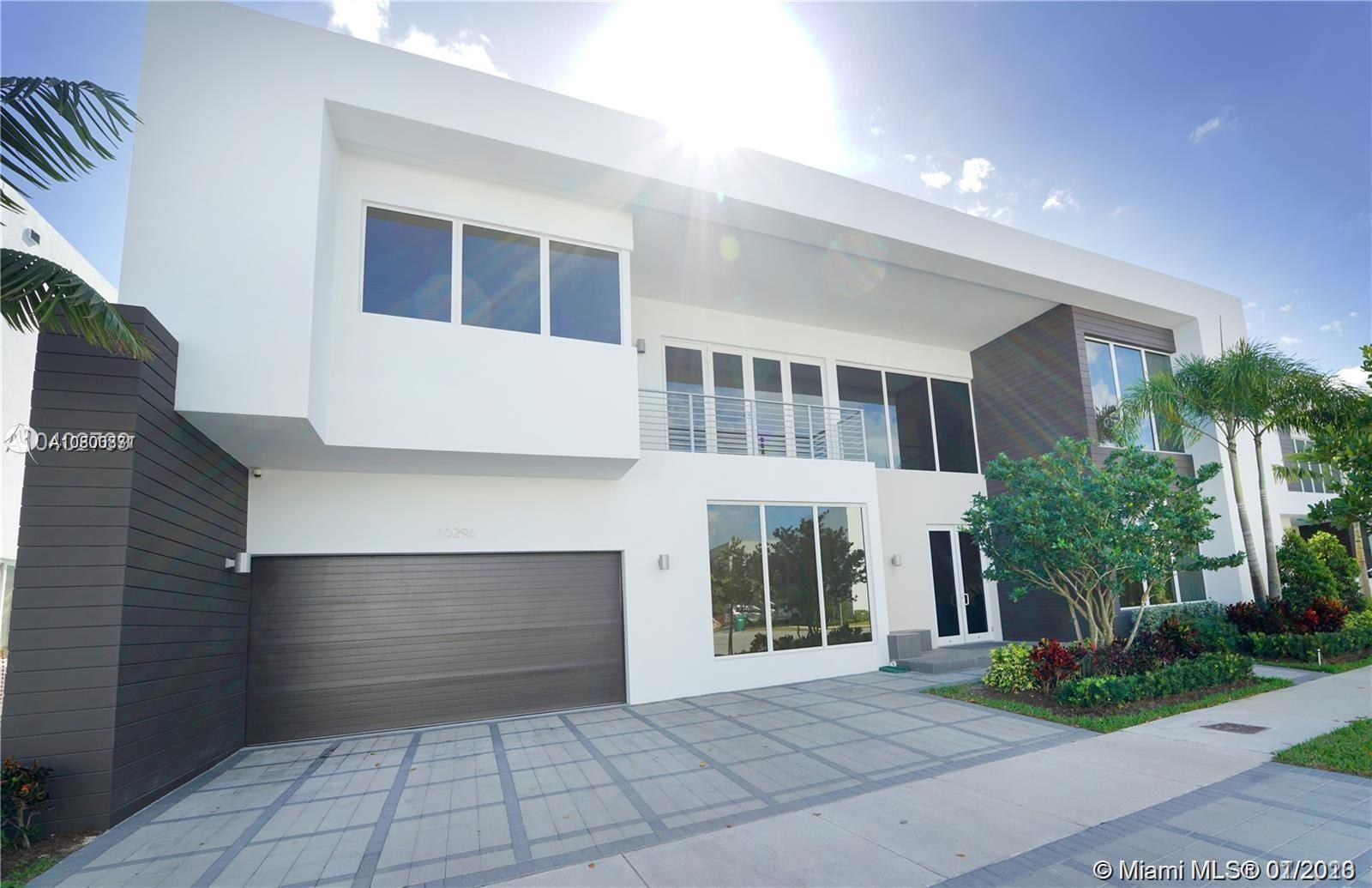 10296 NW 74th Ter  For Sale A10800831, FL