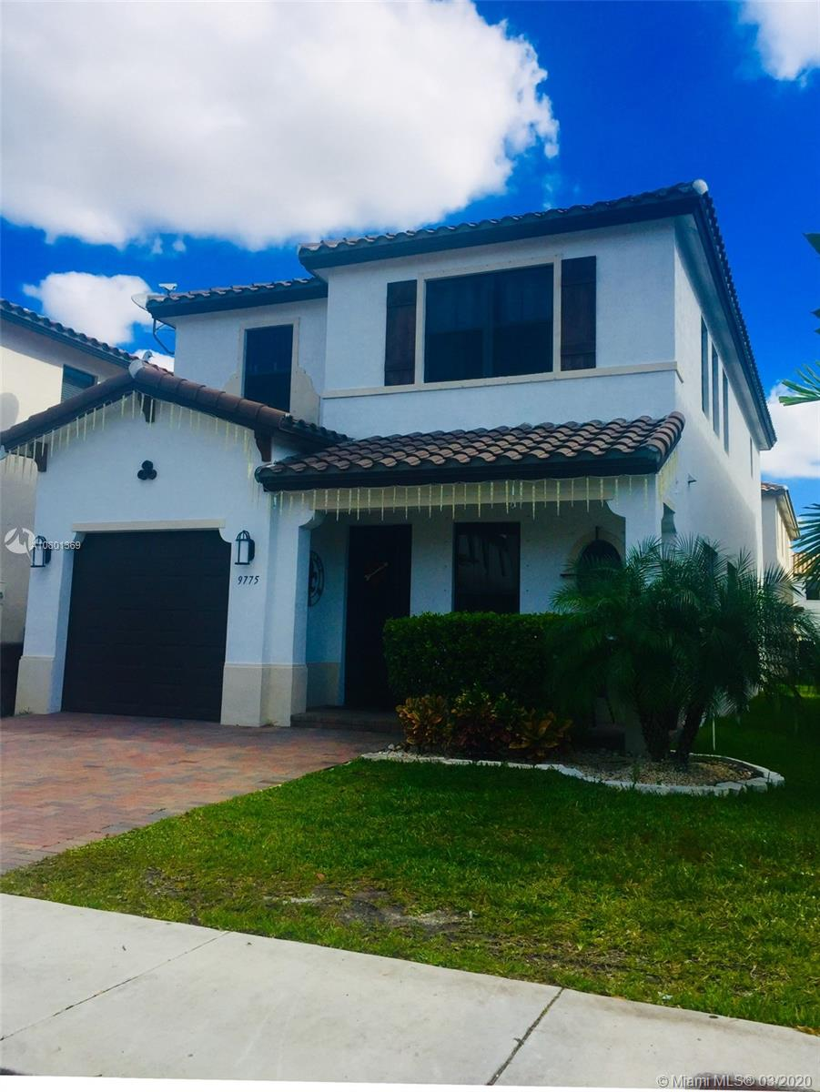 9775 W 34th Ct  For Sale A10801369, FL