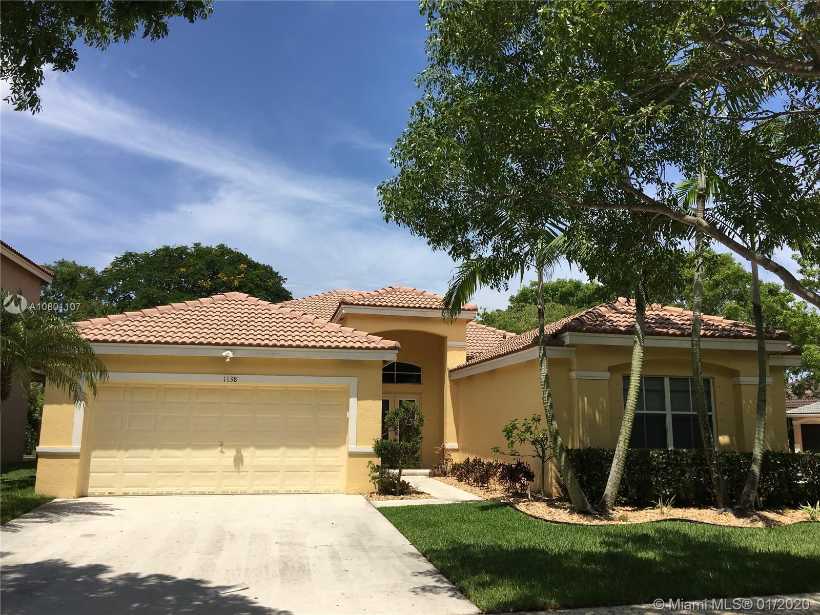 Gorgeous one-story home on the corner in a gated community of Savanna in the beautiful City of Weston. New on the market. 4 bedroom + a Large Den/Office, 2 1/2 Bathrooms. Beautiful kitchen. Freshly painted. Community pool and a small pool with waterfall for children, tennis courts, basketball court, soccer ball field, and playground. Best South Florida location! A+ rated schools.
