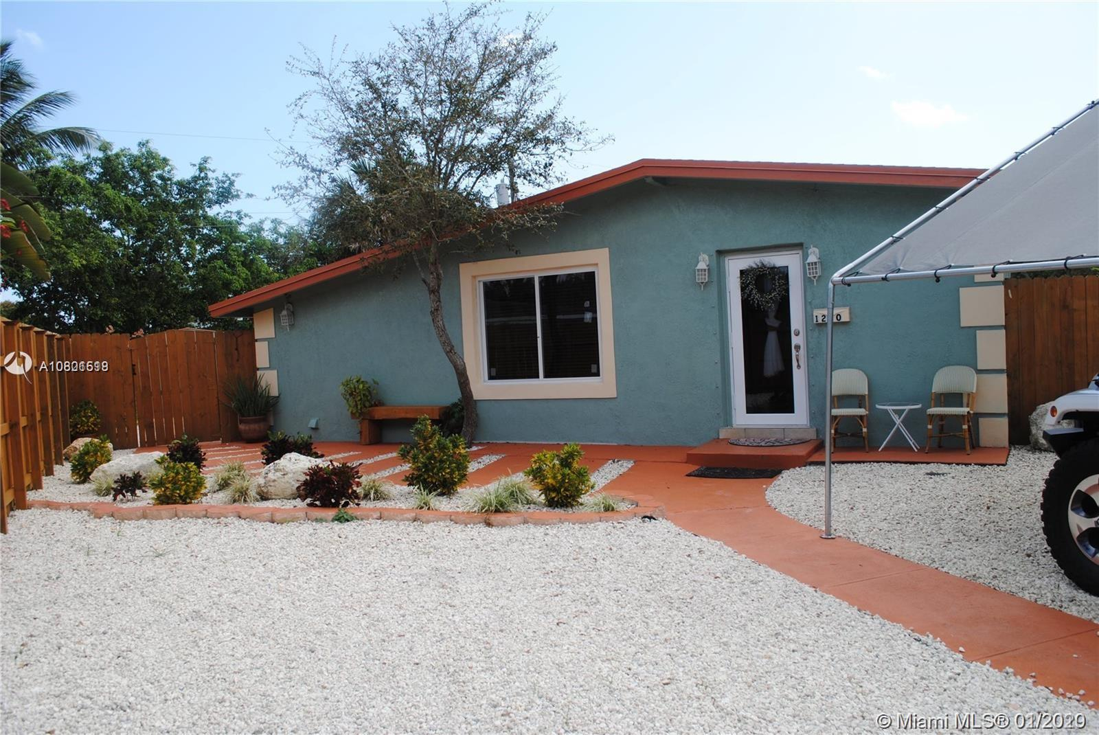 1270 SW 28th Rd  For Sale A10801518, FL