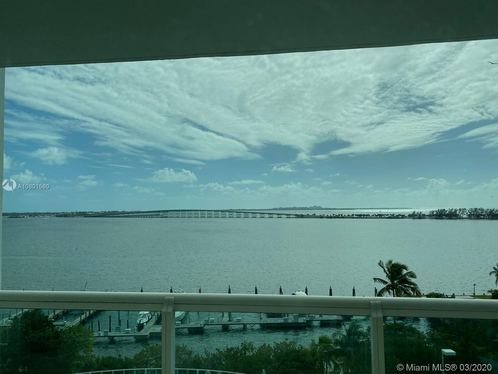 Beautiful 2 bedroom 2.5 bath + Den, at Santa Maria BEST BUILDING ON BRICKELL AVE. Direct bay views and beautiful city views from both balconies of this flow-through unit. Marble floors throughout with wood floors in bedrooms. Unit comes with 1 parking space. THIS APARTMENT CAN BE EASILY CONVERTED INTO A 3/3