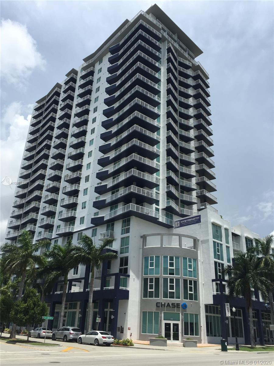 Beautiful 2 bedroom - 2 bath unit. Building has concierge, 24 hour security, newly renovated GYM, pool. This unit has 1 assigned covered parking space . Washer and Dryer inside unit. Located in the new hot area of Edgewater. Close to the performance Arts, American Airlines Arena and Bayside.